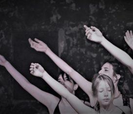 """CorpoLAB Laboratorio di danza e teatro: """"CR-EASY LOOPIl corpo-ritmo"""" con Yiskah Jessica Cestaro"""