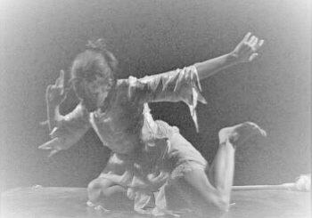 """CorpoLab / Pratica del movimento danzato """"Dal visibile all'invisibile"""" con Paola Palmi"""